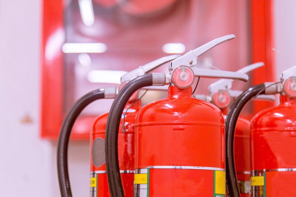 Sistemas contra incendios ¿Está tu comunidad protegida contra el fuego? ¿Está tu comunidad protegida contra el fuego?